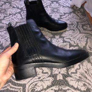 ZARA Chelsea Heel Boots